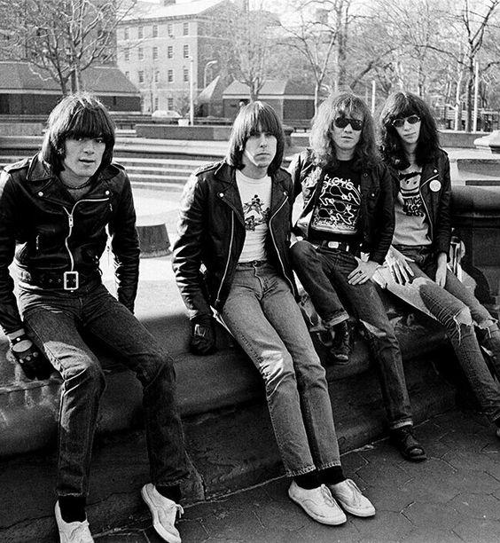 fotografias de johnny ramone el icono del punk rock 15