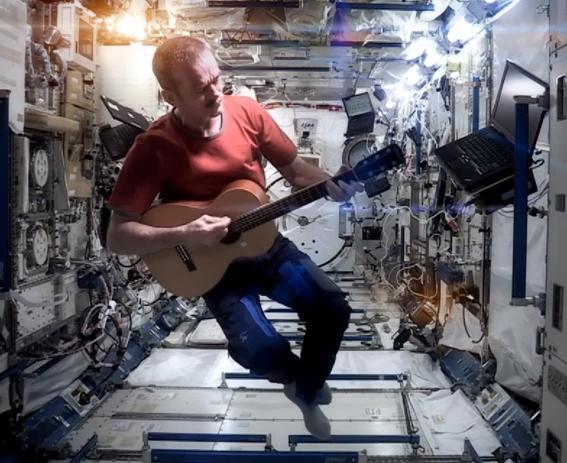 mitos de la vida astronautas en el espacio 2
