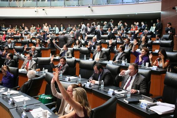 senadores exhortan cancelar evaluacion docente 2