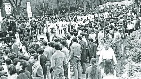 se cumplen 50 anos de la marcha del silencio 1