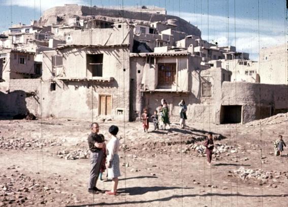 fotos de mujeres en afganistan antes de los talibanes 9