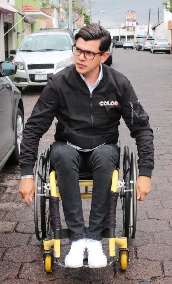 brigadista en silla de ruedas cdmx 2