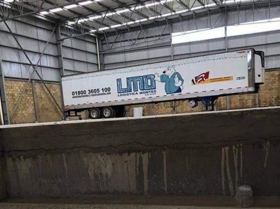 trailer con cuerpos abandonados en jalisco 2