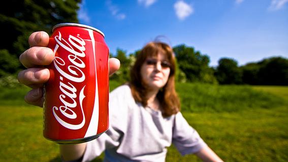 coca cola evalua producir bebidas de cannabis 1