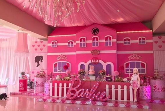 hijas de chapo celebran cumpleanos estilo barbie 2