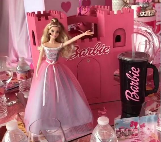 hijas de chapo celebran cumpleanos estilo barbie 3