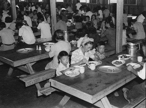 fotos campos de concentracion japoneses en estados unidos 18