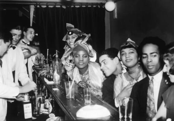 photos of paris in the 20s 15