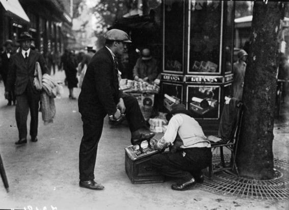 photos of paris in the 20s 7