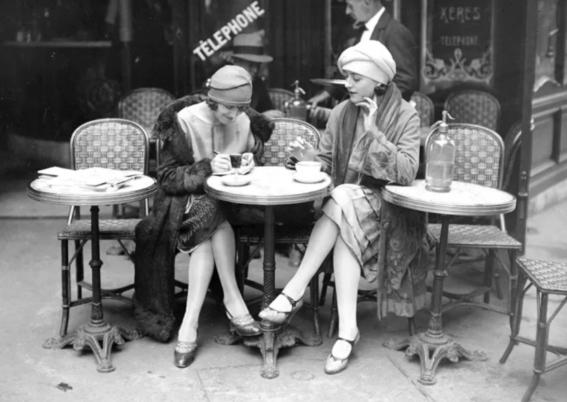 photos of paris in the 20s 4