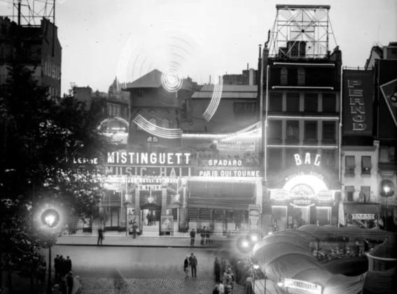 photos of paris in the 20s 5