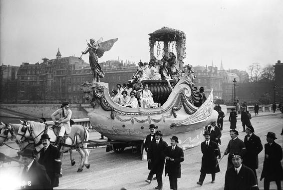 photos of paris in the 20s 6