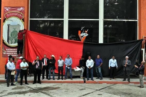 trabajadores uaem van a huelga por falta de pagos 1