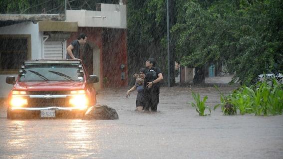 lluvias en sinaloa deja muertos inundaciones y estado de emergencia 3