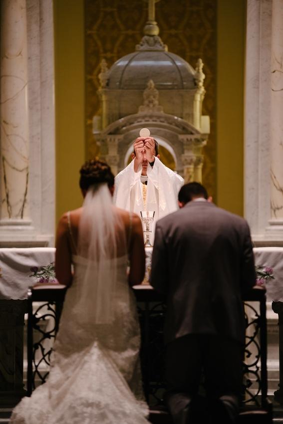 celibato sacerdotes catolicos no tienen hijos o se casan 4