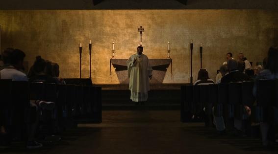 celibato sacerdotes catolicos no tienen hijos o se casan 5