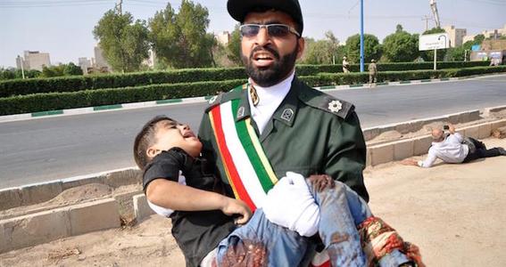 atentado terrorista durante desfile militar en iran 1