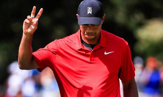 tiger woods vuelve a la victoria y gana tour de championship 1