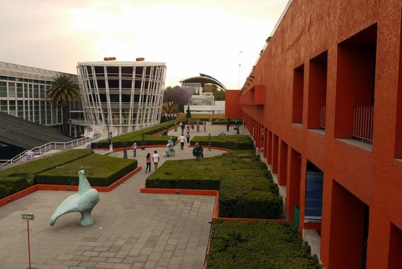 museos que abren en lunes 8