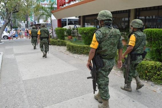 policia de acapulco es intervenida 2