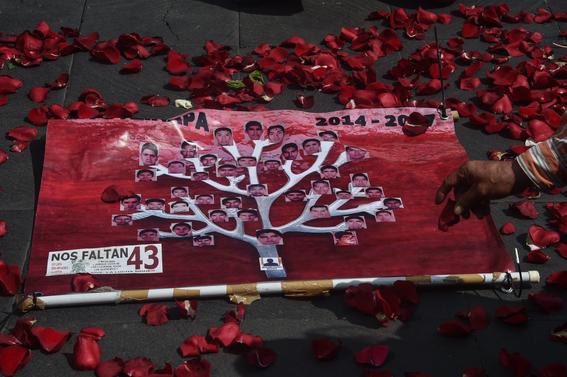 contrastes entre movimiento estudiantil del 68 y ayotzinapa 1