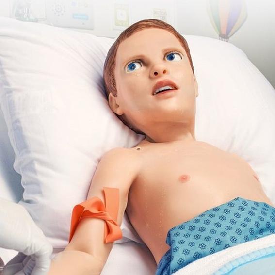 pediatric hal el nino robot que simula dolor 1