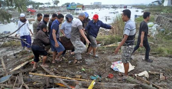 832 muertos por terremoto y tsunami de indonesia 2