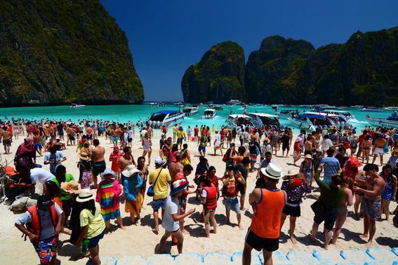 tailandia cierra la bahia de la pelicula la playa 2