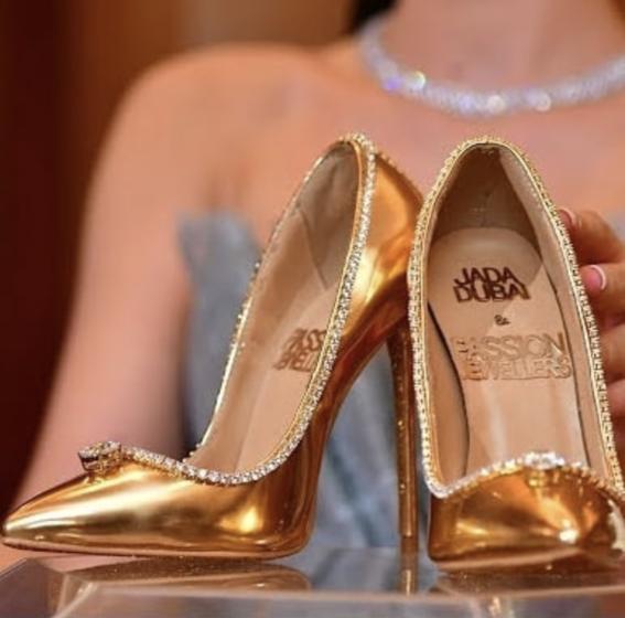 los zapatos y accesorios mas caros del mundo 1