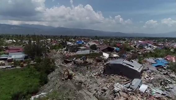 dron capto imagenes de indonesia tras terremoto y tsunami 3