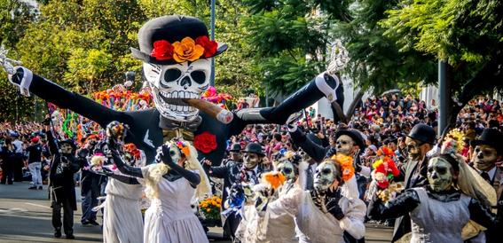 la ruta y horario del desfile de dia de muertos en la cdmx 1