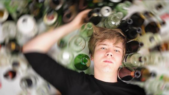 atracones alcoholicos de los adolescentes dejan huella en el cerebro 1