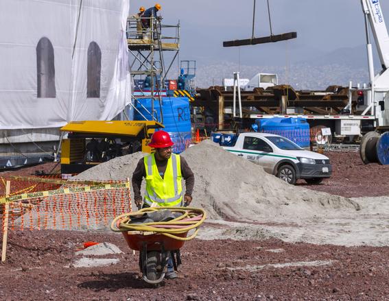 donde deberia construir nuevo aeropuerto de la ciudad de mexico 2