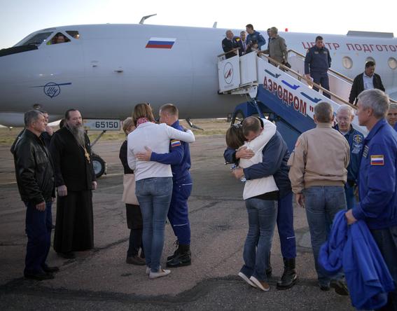 cohete soyuz realiza aterrizaje de emergencia tras despegue fallido 2