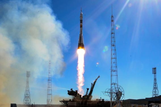rusia evalua cierre de la estacion espacial por accidente del soyuz 2