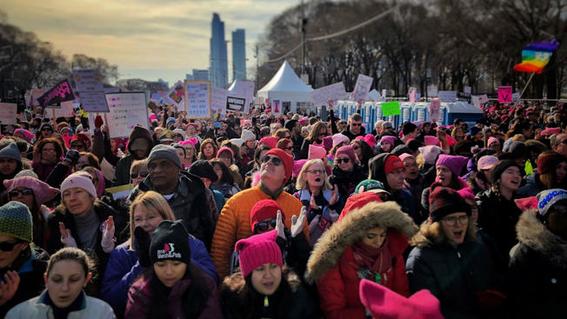 manifestacion contra la politica antimujeres de trump en chicago 1