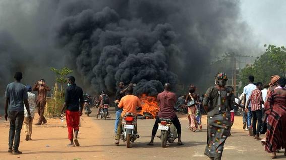 mas de 16 muertos deja una explosion de oleoducto en nigeria 1