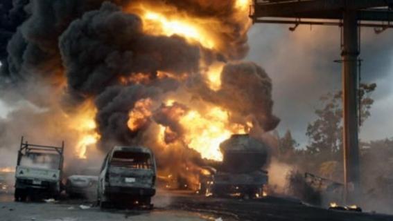 mas de 16 muertos deja una explosion de oleoducto en nigeria 2