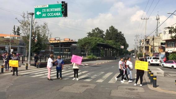manifestacion padres denuncian abuso sexual en kinder 1