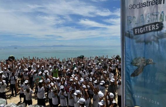 sodastream maquina lucha contra isla de basura en el caribe 5