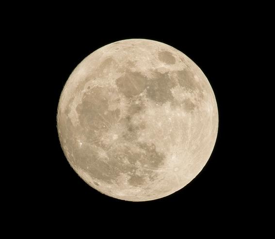 luna artificial de china en chengdu 3
