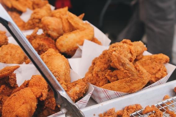 producen pollo a partir de las celulas de sus plumas 2