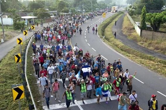 avanza caravana migrante 1