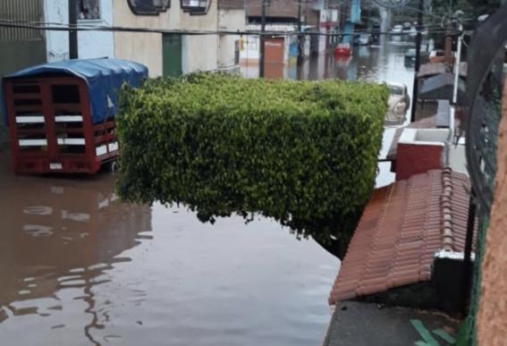 michoacan intensa noche de lluvia se inunda 2