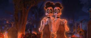 voces de coco los personajes de la pelicula 10