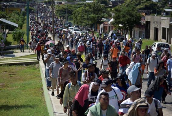 migrante caravana muere al caer de camioneta en chiapas 2