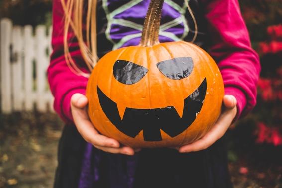la diferencia entre halloween y dia de muertos 2