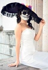 que lleva el disfraz de la catrina sombrero maquillaje y vestido 4
