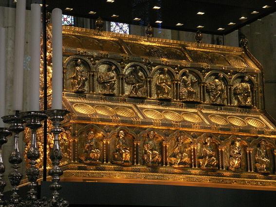 reliquias importantes de la historia humanidad 9