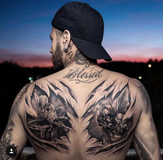 conoce el nuevo tatuaje de neymar de spiderman y batman 1